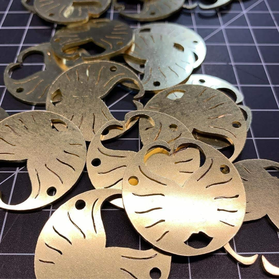 brass-pendants